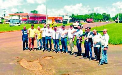 "Demoras para arreglar ""supercarretera Itaipú"""