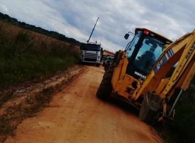 Este lunes inician trabajos para reparar caminos de Mbocayaty del Yhaguy