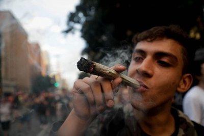 Marchan en Sao Paulo por despenalización de marihuana