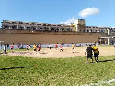 Final del campeonato de fútbol penitenciario en la Esperanza
