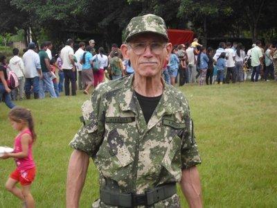 Abue patriota volvió al SMO con 60 payasitos