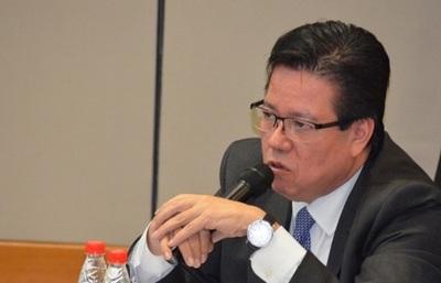Jueza admite imputación contra excontralor