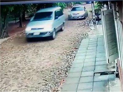 Suspenden reconstrucción en caso de tiroteo contra transporte escolar