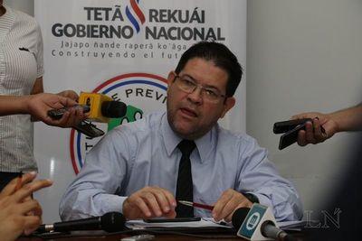 Armando Rodríguez deja su cargo a disposición de Abdo