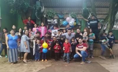 Movimiento de jóvenes entrega víveres a hogares de niños y ancianos