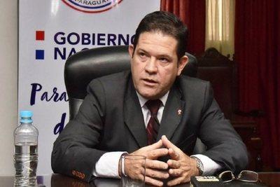Titular de IPS asegura que no renunciará a su cargo