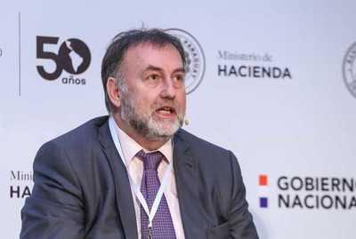 Benigno López dice desconocer causa del problema con remesa de reales
