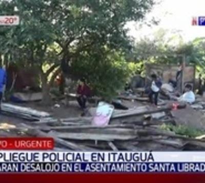 Desalojan a centenares de familias en Itauguá