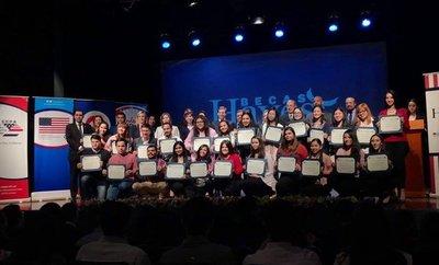 El CCPA presentó a los 75 nuevos becados en Asunción y San Lorenzo