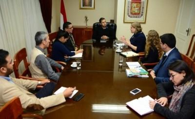Municipalidad recibe programa de cooperación de Embajada de EEUU