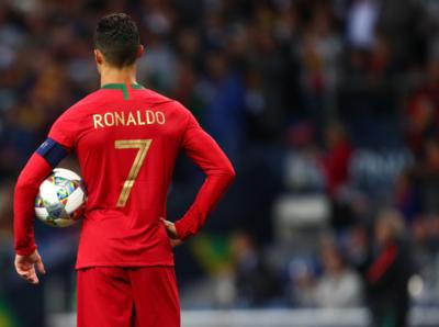 Portugal, a la final de la Liga de Naciones con triplete de Cristiano