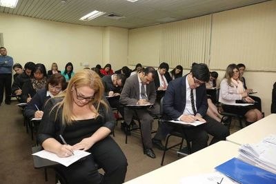 Evaluación psicotécnica y de conocimientos para cargos de Mediador