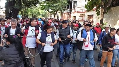 Esteños se manifiestan y exigen libertad de Ulises Quintana