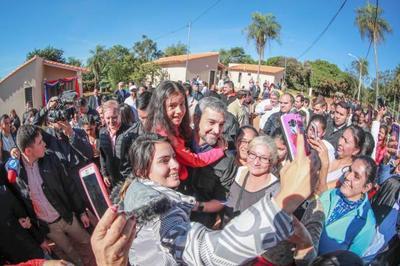 Nuevas viviendas e infraestructura comunitaria para 135 familias de Itauguá