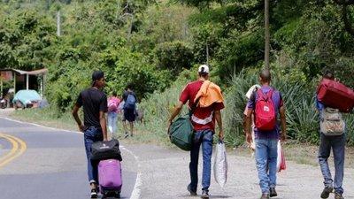 Perú exigirá visa humanitaria y pasaporte a venezolanos desde el 15 de junio