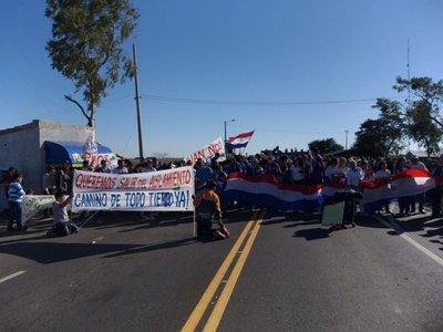 Sanjuaninos levantan media de fuerza