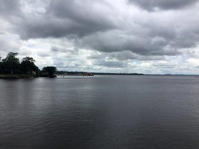 Amanecer fresco con aumento de nubosidad