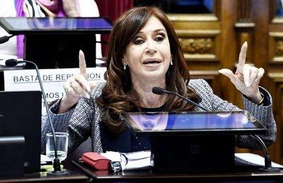 Justicia amplía la acusación y pide prisión para la expresidenta Cristina