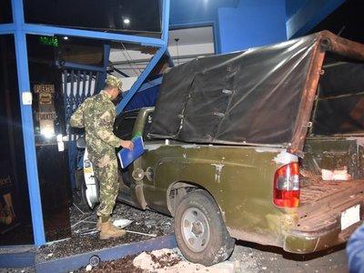 Un militar herido tras violento choque en el centro de Asunción