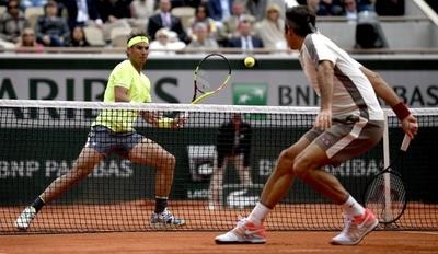 HOY / Nadal domina a Federer y jugará su duodécima final en Roland Garros