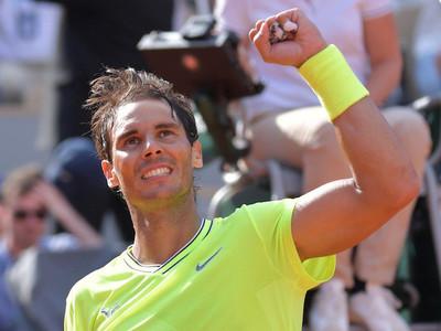 Nadal derrota a Federer y es finalista de Roland Garros