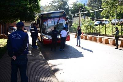 Municipalidad multa a empresas con buses en pésimas condiciones