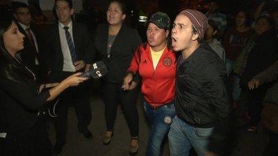 Repudian agresión de hurreros a periodistas