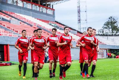 """El """"3"""" se alista con miras al juego del domingo ante Iteño"""