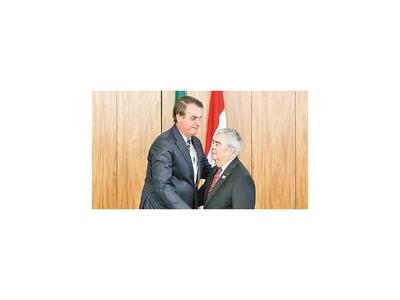 Saguier se acreditó ante Jair Bolsonaro