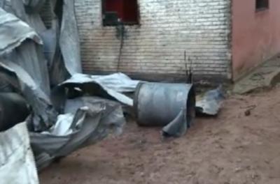 HOY / Voraz incendio consumió depósito en Villa  Elisa: vecinos recibieron amenazas