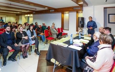 "Presentaron el libro ""Diálogos de la lengua guaraní"", de Bartomeu Meliá SJ"