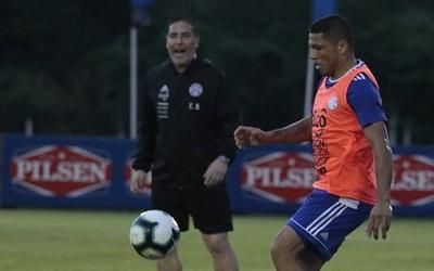 Richard Ortiz sufre lesión y puede quedar fuera de la Copa América