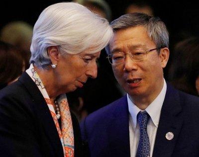 """""""Guerra"""" comercial frena el crecimiento mundial"""