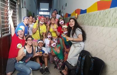"""""""Payasonrisa"""" llevó su amor a hospitales de Salud Pública"""