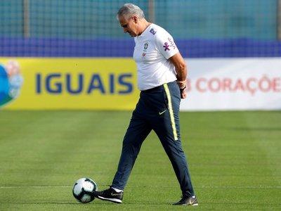 """Tite siente """"frustración"""" por no tener a Neymar en la Copa América"""