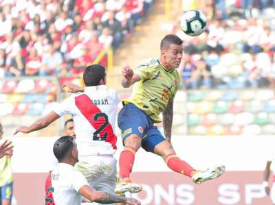 Colombia derrota a Perú en Lima