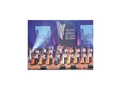 Con peña musical, instrumentistas recuerdan el Día Nacional del Arpa