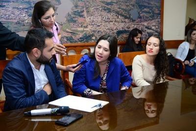 Municipalidad de CDE y Manpower lanzan mini feria de empleo