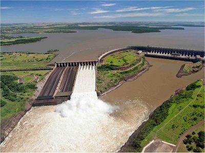 Paraguay buscará disponibilidad del 50% de energía producida por Itaipú