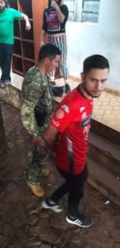 Ulises Quintana denuncia a militares de la Base Naval de CDE por aprehensión arbitraria de Aldo Barrios