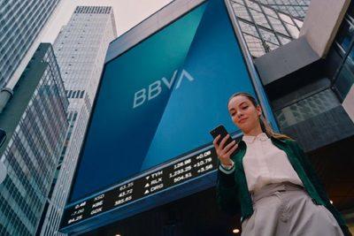 BBVA despliega su nueva marca en 1.000 oficinas de todo el mundo