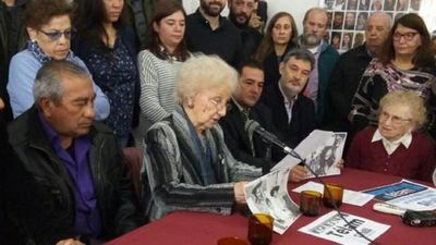 Abuelas de Plaza de Mayo encuentran el nieto 130 en Argentina