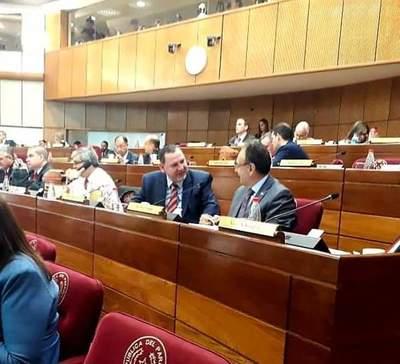 Senadora Nani Arrúa considera que es difícil pedir expulsión de Zacarías