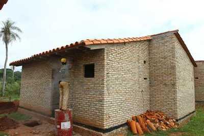 MUVH plantea dinamizar la economía con construcción de 5.000 viviendas