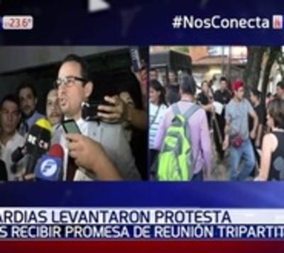 Guardias levantan protestas tras promesa de autoridades