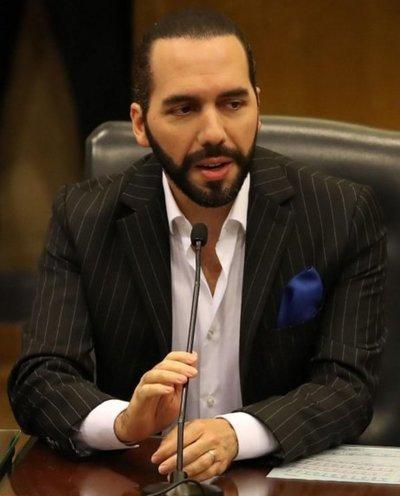 Bukele sacude El Salvador desde su despacho 2.0