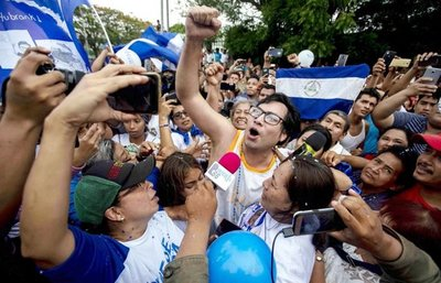 Ortega pretende blanquear a sus grupos paramilitares