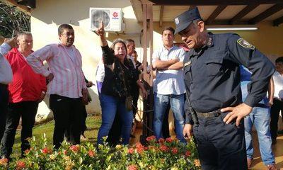 Cierran municipalidad de CDE por seguridad
