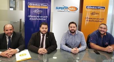Interfisa y Supermás firman alianza