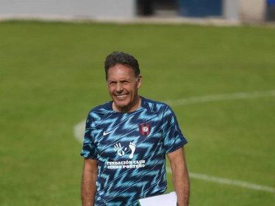 Presentan a Russo, el nuevo entrenador azulgrana